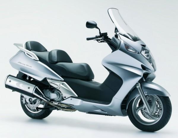 Honda Silverwing 600 ABS, 2007: Στην τιμή των 6.400 ευρώ