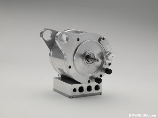 Κινητήρας συνεχόμενου ρεύματος χωρίς ψήκτρες. Μικρός, μαζεμένος, αποτελεσματικός