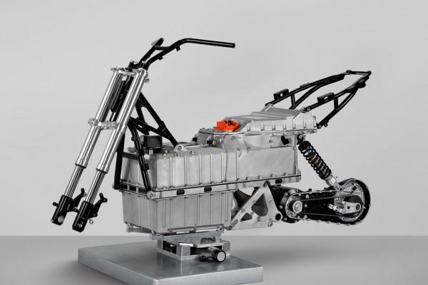 Ηλεκτρικό, πρωτότυπο της BMW. Διακρίνεται η συγκέντρωση του βάρους και της μάζας σε μια περιοχή. Στην περίπτωση αυτή είναι και χαμηλά τοποθετημένες οι μπαταρίες