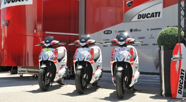 Τα Kymco τρέχουν γύρω από τα Superbike και τα MotoGP Στα paddock, τον χώρο πίσω από τα πιτ των αγώνων […]