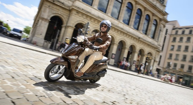 Πιο προσιτά Σε μικρές μειώσεις των τιμών δύο σκούτερ προχώρησε η ελληνική αντιπροσωπεία της Yamaha, Μοτοδυναμική ΑΕΕ, στο Yamaha Delight […]