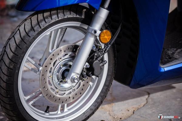 Honda SH300i _-_0030