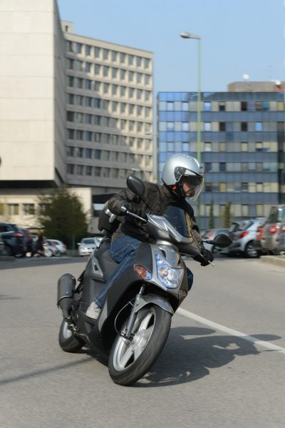 kymco_symvoules_odigisis_scooter_2