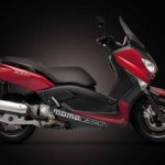 YAMAHA XMAX 250 MOMODESIGN, LIMITED EDITION