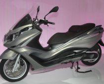 ΜΟΝΤΕΛΑ 2012: PIAGGIO X10 500, 350, 125