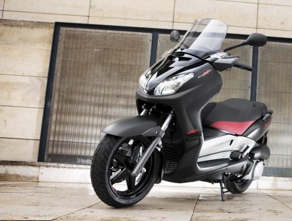To πιθανότερο είναι το νέο 400άρι σκούτερ της Yamaha να κινηθεί αισθητικά προς τις σπορ γραμμές των ΧΜΑΧ
