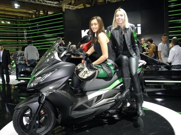 Όχι ένα, ούτε δύο, αλλά περισσότερα μοντέλα... σκούτερ σκοπεύει να παρουσιάσει η Kawasaki στο μέλλον