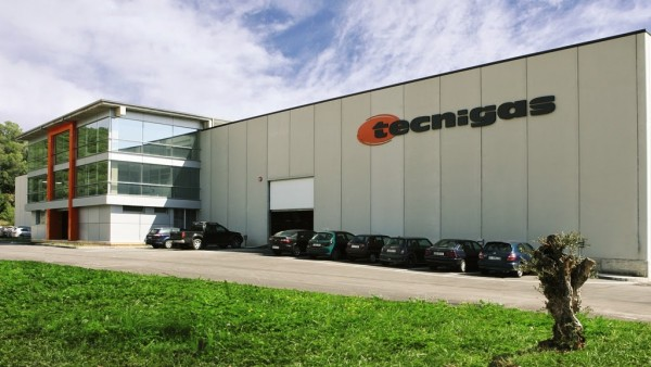 To έκτασης 5.000 τετραγωνικών μέτρων εργοστάσιο της Tecnigas σην Ισπανία