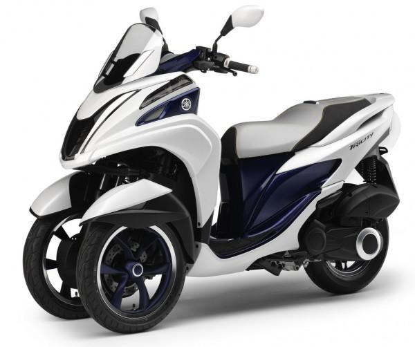 Ελαφρύτερο, φθηνότερο και πιο ευέλικτο από όλα τα 3τροχα σκούτερ υποσχέθηκε η Yamaha και έτσι έπραξε