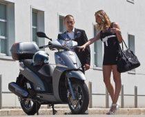 KYMCO PEOPLE 200 GTi, 300 Gti, 2015: ΜΙΚΡΕΣ ΑΛΛΑΓΕΣ