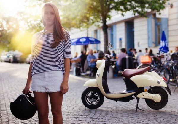 unu-lo-scooter-elettrico-presskit-intermot-2014-imagepic-1
