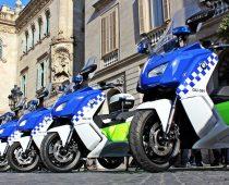BMW C EVOLUTION: Αστυνομικές στη Βαρκελώνη