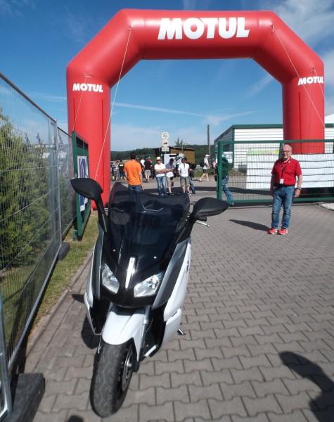 Motul_SachsenringGP_2015_10
