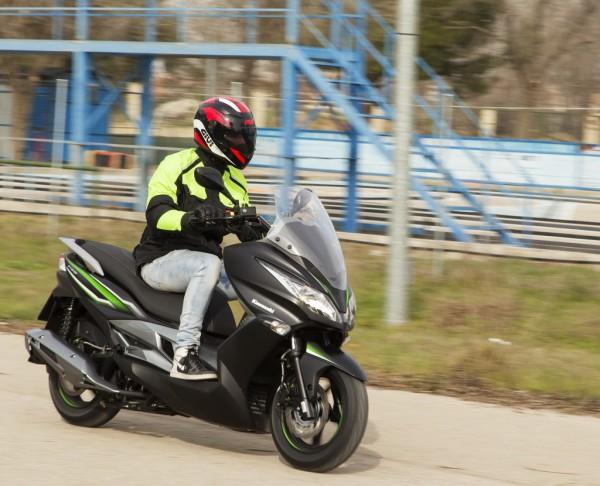 Kawasaki-J125_1