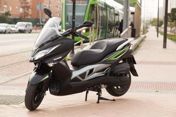 Kawasaki-J125_2