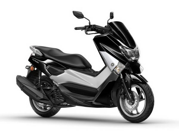 2015-Yamaha-G125YM-EU-Midnight-Black-Studio-001