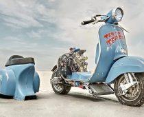 ΕΞΩΦΡΕΝΙΚΑ ΣΚΟΥΤΕΡ: Vespa και Husqvarna 360cc μαζί!