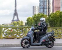 PEUGEOT BELVILLE 125/200: Δοκιμή στο Παρίσι