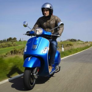 VESPA GTS 300ie Super ABS/ASR, Πρώτη επαφή