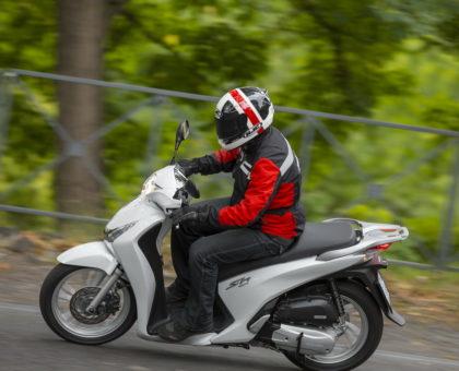 57e6b32801d ΜΕΤΑΧΕΙΡΙΣΜΕΝΟ: Honda SH 150i ABS, 2013-2016