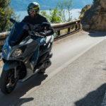 ΣΥΜΒΟΥΛΕΣ: Γιατί να προτιμήσω ένα maxi scooter;