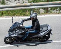 ΣΥΜΒΟΥΛΕΣ: Διαβάζοντας το δρόμο κατά την οδήγηση
