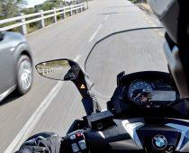 BMW: Έλεγχος και ασφάλεια με κινήσεις των χεριών του αναβάτη!
